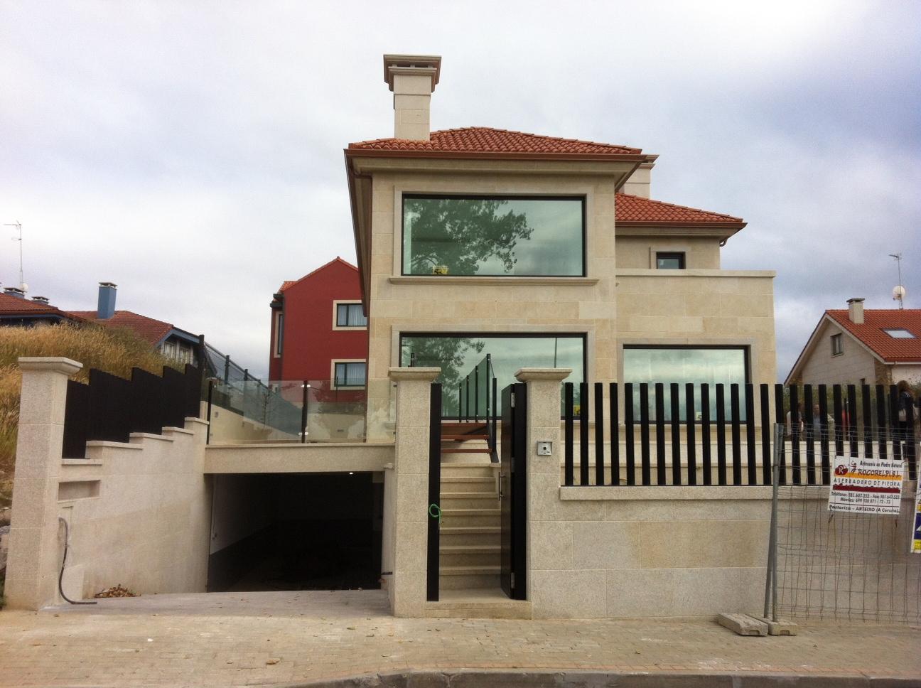 Arquitectura fernando pousada garcia for Fachadas casas unifamiliares